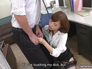 Slow-witted colleague gets stiff by a dick crazed vixen