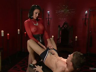 Medial shemale shows her male slave proper anal awe