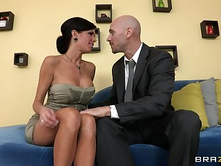 Mature matriarch Veronica Avluv nearly fake bosom fucked on the siamoise