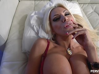 Slutty stepmom POV going to bed with stacked Brittany Andrews