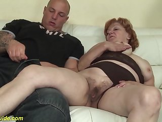 Toothless 74 years old female parent gives best blowjob