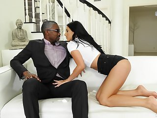 Black man gives cloudy stunner Nelly Kent all she needs and more